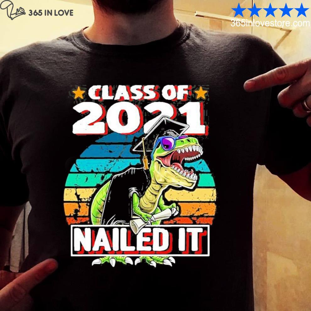 Class of 2021 t rex dinosaur graduation cap gown new 2021 s mens shirt
