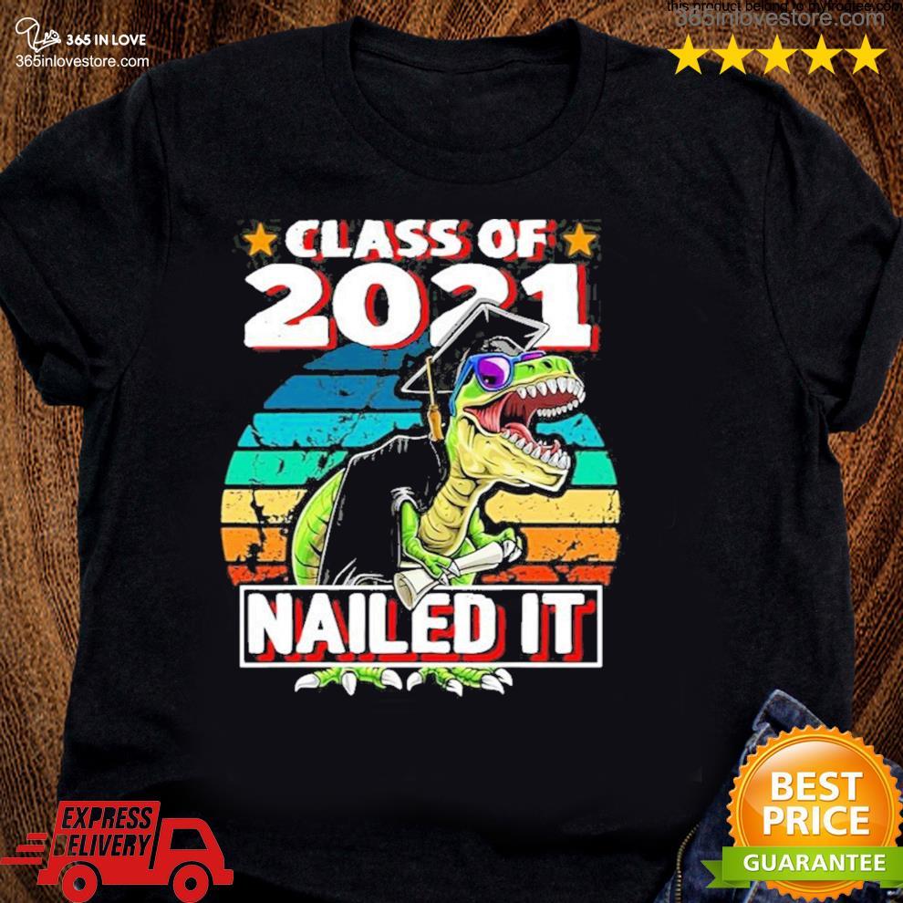 Class of 2021 t rex dinosaur graduation cap gown new 2021 s women tee shirt