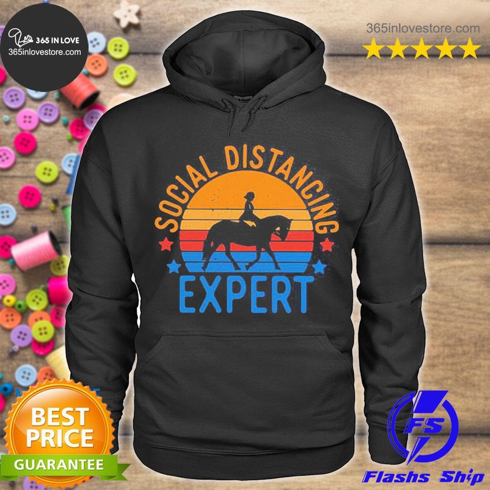 Social distancing expert vintage horse s hoodie tee